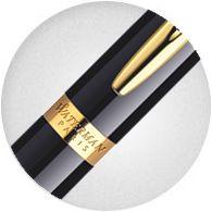 cài bút được khắc tên thương hiệu sang trọng của Waterman Hemisphere Black Gold Trim